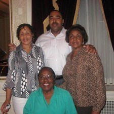 Drew and some of the ladies in his life--sisters Jackie and Diane and his mother, Lovie (seated).